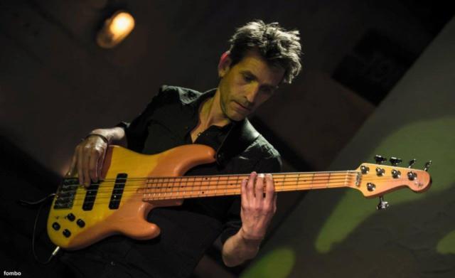 Arno Hagemans - Bas